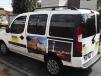 TRASLADOS E TRANSFERS: Em vans e carros passeios